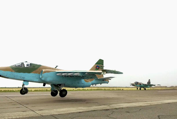 Azerbaijan's Air Forces carry out first training flights during summer training period